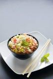 Frischer Reis-Salat Stockfotografie