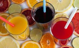 Frischer Saft von den Zitrusfrüchten Stockfoto
