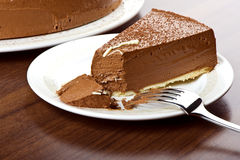 Frischer Sahneschokoladenkuchen Stockfoto