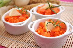Frischer Salat der Karotten Stockfotografie