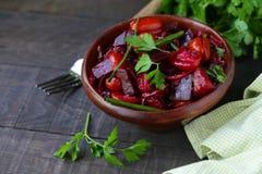 Frischer Salat der roten roten R?be lizenzfreies stockfoto