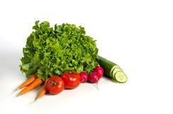 Frischer Salat und Gemüse in einer Gruppe Stockfotografie