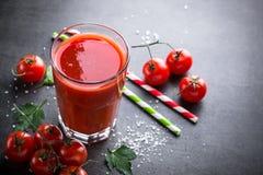 Frischer Tomatesaft Stockbild