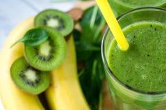 Frischer und gesunder grüner Smoothie Lizenzfreies Stockbild