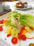 Frischer und gesunder Salat Stockfotos