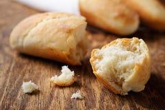 Frisches französisches Brot Lizenzfreie Stockfotos