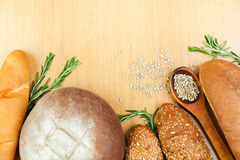 Frisches hausbackenes Brot Stockfotografie