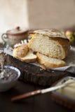 Frisches Laib von NO-Kneten Brot Lizenzfreie Stockbilder