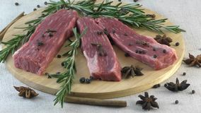 Frisches Marmorrindfleisch stock video