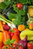 Frisches Obst und Gemüse Stockbild