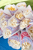 Frisches Popcorn stockbilder