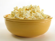 Frisches Popcorn Lizenzfreie Stockfotos