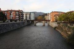 Frisches und kaltes Wasser von europäischem Fluss Stockfotografie