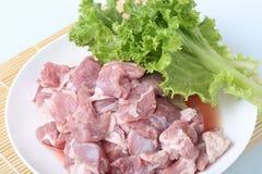 Frischfleisch und grünes Gemüse Stockfoto