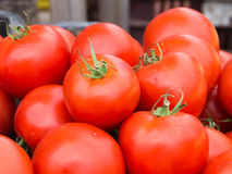 Frischgemüse auf Landwirtmarkt Stockfotos