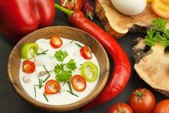 Frischgemüse für Snäcke mit dem Kleiden Bad für Gemüse Mahlzeit der gesunden Diät für Abendessen Stockfotografie