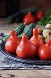 Frischgemüse - Tomaten, Kartoffeln und Gurken lizenzfreie stockbilder