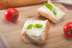 Frischkäse-Sandwich lizenzfreies stockfoto