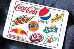 Frisdrankenmerken en emblemen stock fotografie