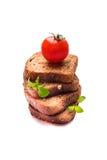 Frish-Brot mit Kirschtomaten stockfoto