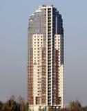 fristående byggande hög stigning royaltyfri foto