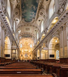 Fristad i Catedral-basilika av Notre-Dame de Quebec Arkivbilder