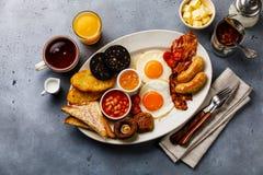 Fritada completa acima do café da manhã inglês com ovos fritos, salsichas, bacon fotografia de stock