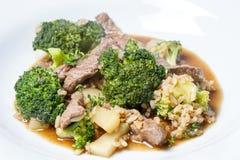 Fritada da agitação da carne e dos brócolis Imagens de Stock Royalty Free