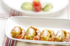 Fritada saboroso do pakora do camarão com salada Fotografia de Stock