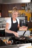 Fritando o bacon Foto de Stock Royalty Free