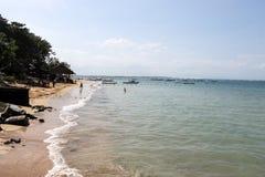 Fritids- område i Bali på stranden Royaltyfria Foton