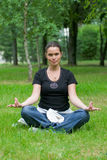fritids- yoga för övning Royaltyfri Foto