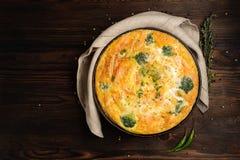 Frittata cuit à la maison photographie stock