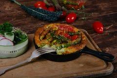 Frittata mit Spargel Lizenzfreies Stockfoto