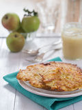 Frittella della patata su un piatto Fotografia Stock