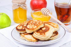 Fritters with apples and honey Stock Photography