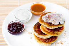 Fritters of cottage cheese Royalty Free Stock Images