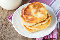 Fritters of cottage cheese Royalty Free Stock Photos