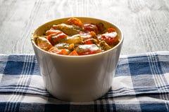 Fritto in pomodoro crema della cipolla del peperone dolce con aneto Fotografia Stock Libera da Diritti