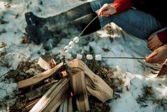 Frittura della caramella gommosa e molle su un picnic fotografie stock