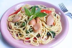 Frittura di scalpore degli spaghetti Fotografie Stock