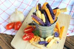 Fritture della patata, spuntino sano della Aero-frittura immagine stock