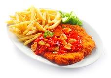 Fritures emiettées savoureuses gastronomes de viande et de pomme de terre Photo stock