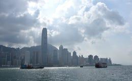 Färja på Victoria Harbor i Hong Kong Royaltyfri Foto