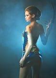 främmande skönhetkvinna Royaltyfria Bilder