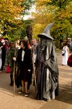 Frodo i Gandalf przy Lucca komiczkami 2017 i grami obrazy stock
