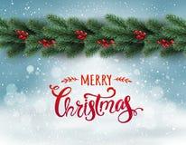 Frohe Weihnachten typografisch auf schneebedecktem Hintergrund mit Girlande von den Baumasten verziert mit Beeren, bokeh, Schneef lizenzfreie abbildung