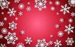 Frohe Weihnachten und guten Rutsch ins Neue Jahr Abstrakte Schneeflocken mit weißem Rahmen auf rotem Hintergrund Lizenzfreie Stockfotografie