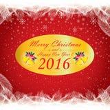 Frohe Weihnachten und guten Rutsch ins Neue Jahr 2016 Der weiße Schnee und der Weihnachtsbaum auf rotem Hintergrund Stockbilder