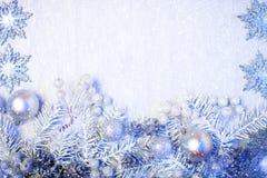 Frohe Weihnachten und guten Rutsch ins Neue Jahr Ein neues Jahr ` s Hintergrund mit Dekorationen des neuen Jahres Neues Jahr ` s  Stockbilder